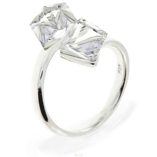 Obrázok pre Strieborný prsteň s kryštálmi Swarovski Elements Cube Crystal 3b8028b77d2